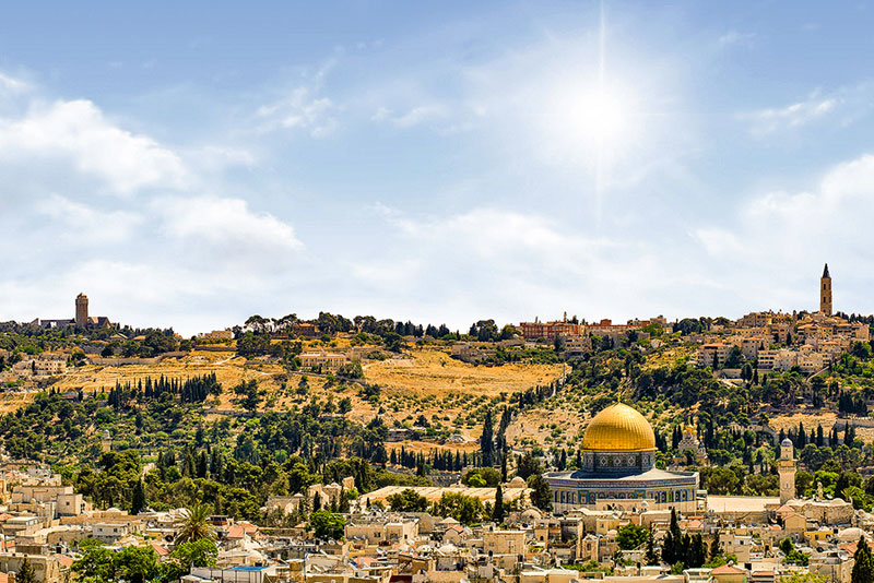 On Nawas' Holy Land pilgrimages, visit the Old City of Jerusalem